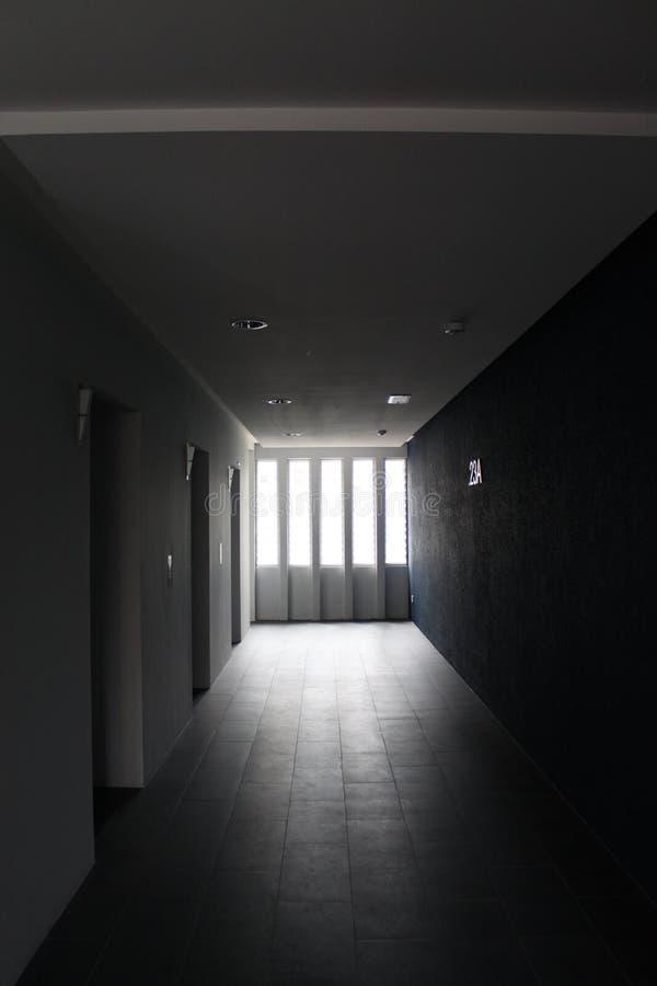 De lichten tussen muren royalty-vrije stock foto