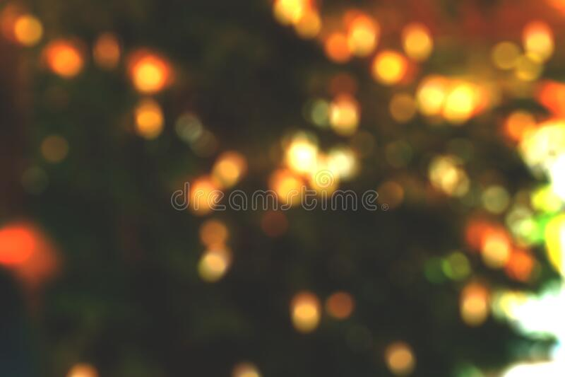 De lichten van Bokeh op zwarte stock foto