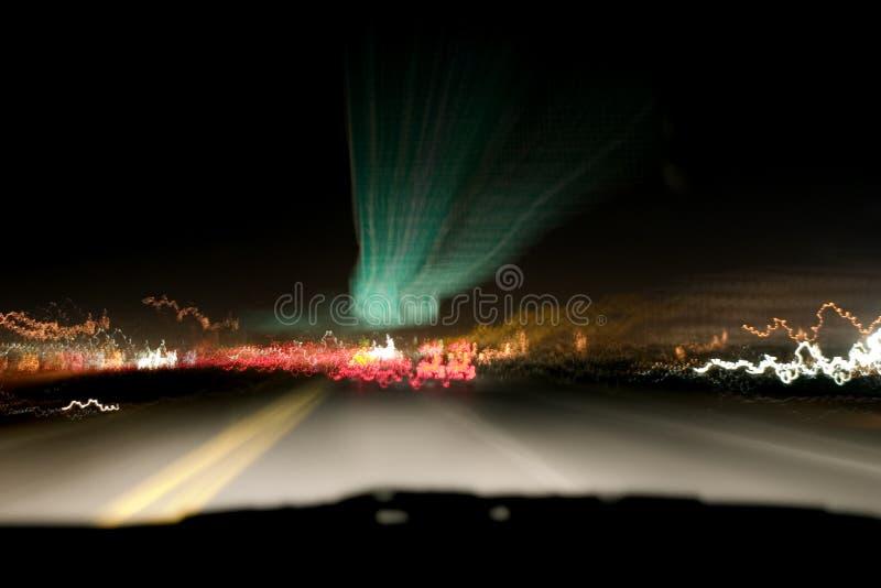 De Lichten van de nacht & de Weg stock foto