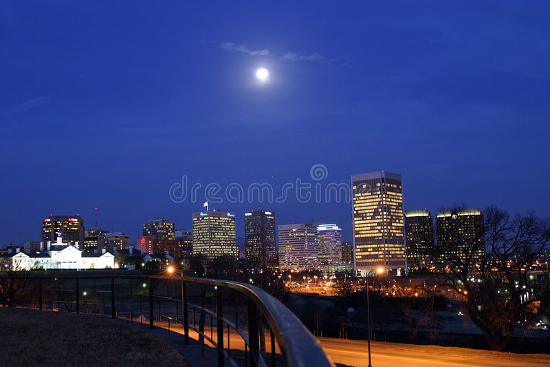 Download De lichten van de stad stock afbeelding. Afbeelding bestaande uit landschap - 34197