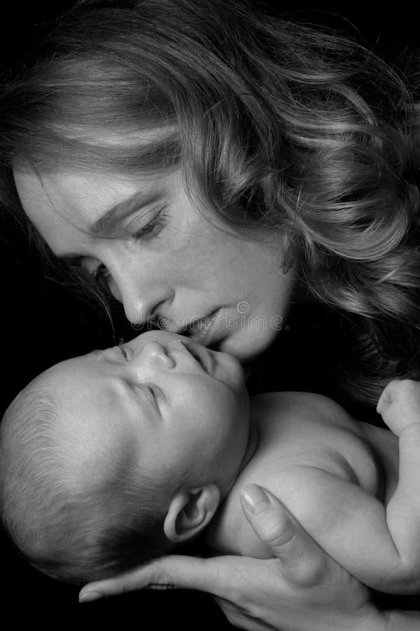 De liefde van de moeder `s royalty-vrije stock fotografie