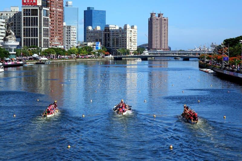 De Liefderivier tijdens Dragon Boat Races stock afbeelding