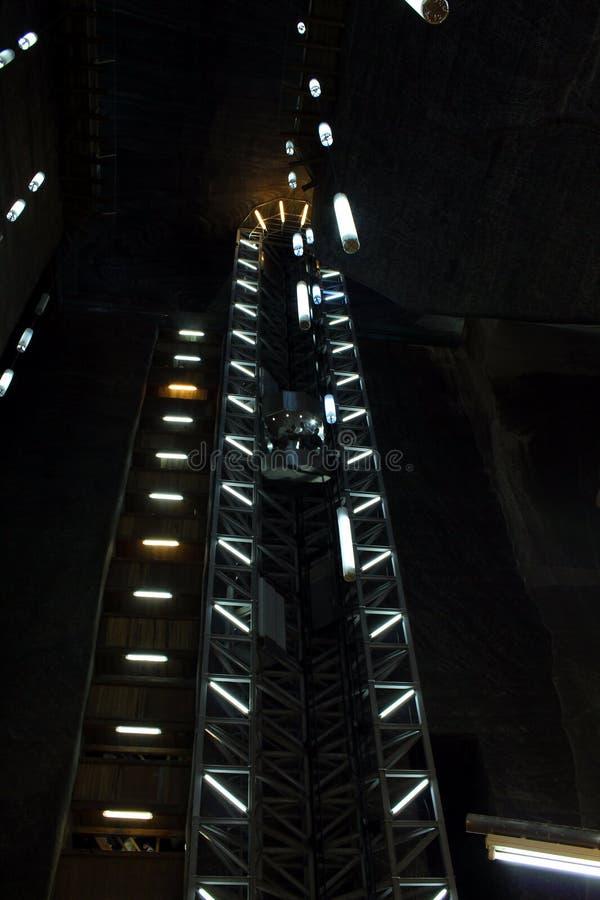 De lift van Salina Turda royalty-vrije stock afbeeldingen