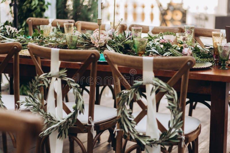 De lijst van het Bohohuwelijk voor een jonggehuwdebanket stock foto