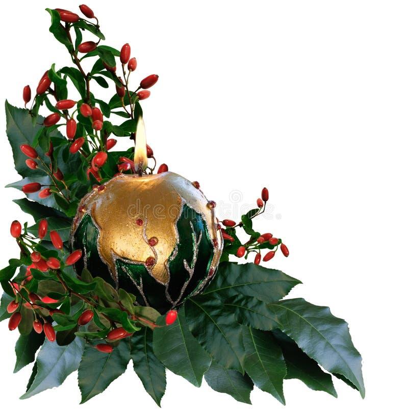 De lit verfraaide kaars van Kerstmis stock afbeeldingen