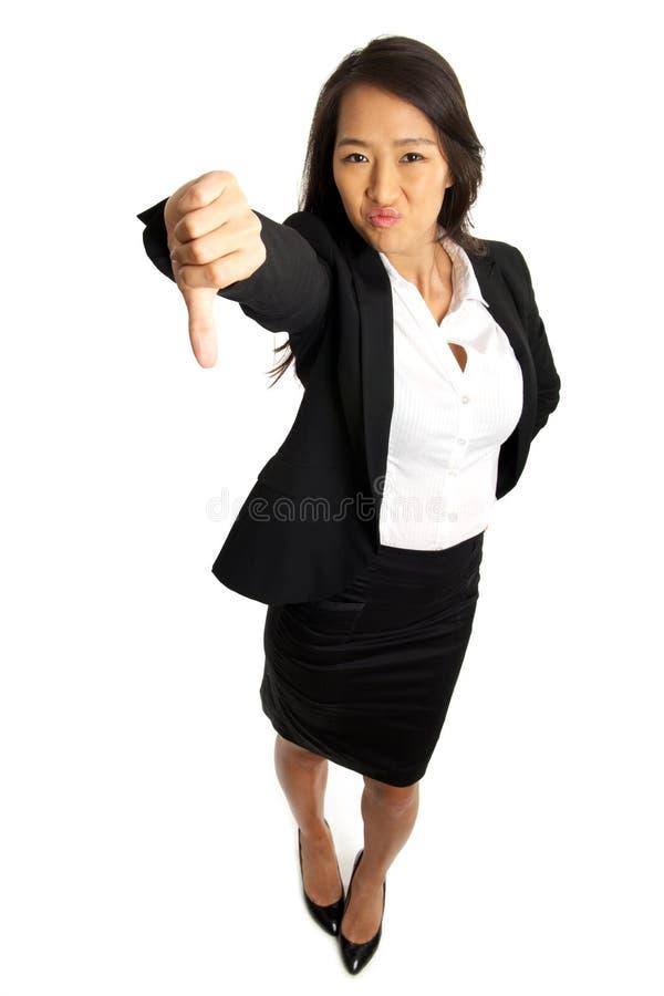 De los pulgares mujer de negocios asiática abajo fotos de archivo