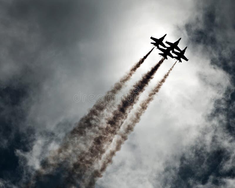 De lucht toont vliegtuigen stock afbeeldingen