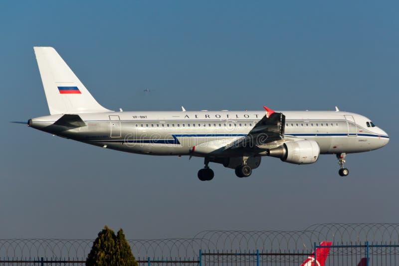 De Luchtbusa320 Vliegtuig van Aeroflot stock afbeeldingen