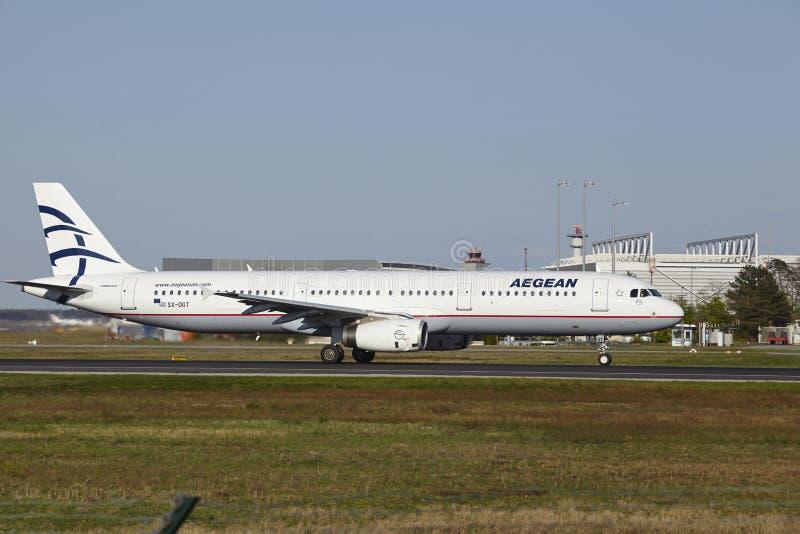 De Luchthaven van Frankfurt - de Egeïsche Lucht stijgt op royalty-vrije stock foto