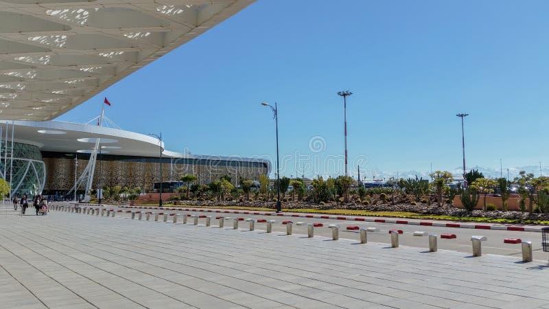 De Luchthaven van Marrakech - Mening buiten stock afbeeldingen
