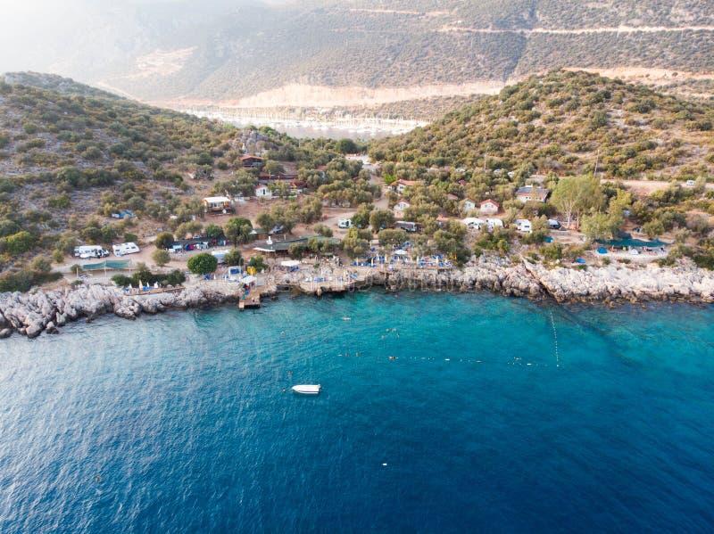 De luchthommelmening van Kas is kleine visserij, het duiken, zeilen en toeristenstad in district van Antalya-Provincie, Turkije royalty-vrije stock foto