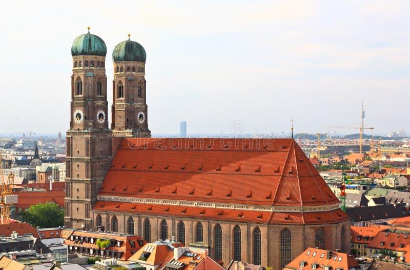 De luchtmening van de stadscentrum van München stock afbeeldingen