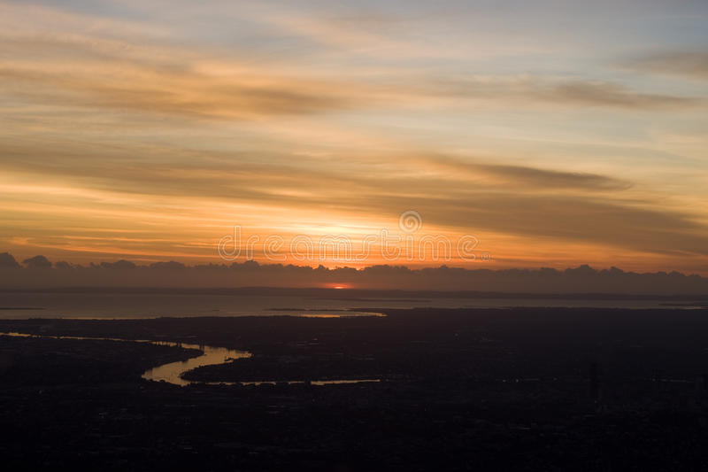 De Luchtmening van de zonsopgang van Brisbane de Stad van de Rivier stock fotografie