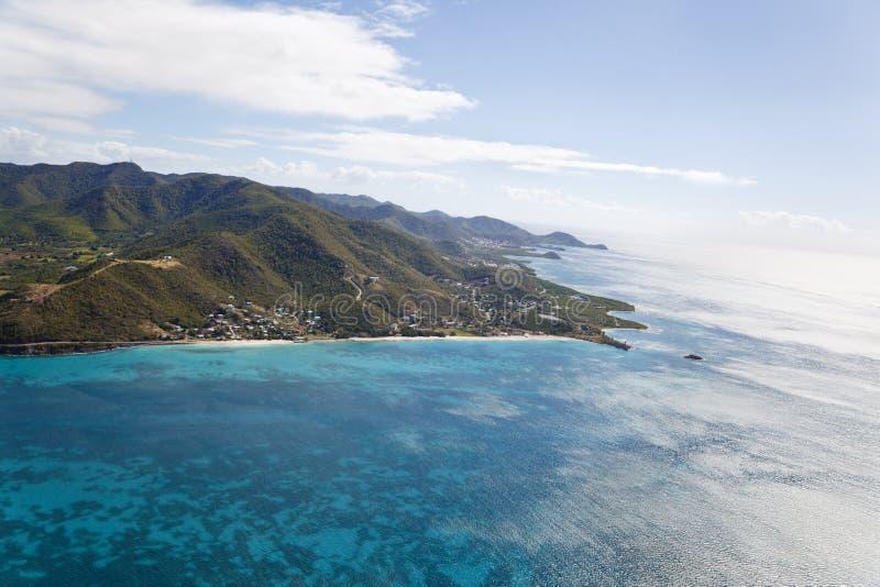 De Luchtmening van het keerdersstrand, Antigua stock foto