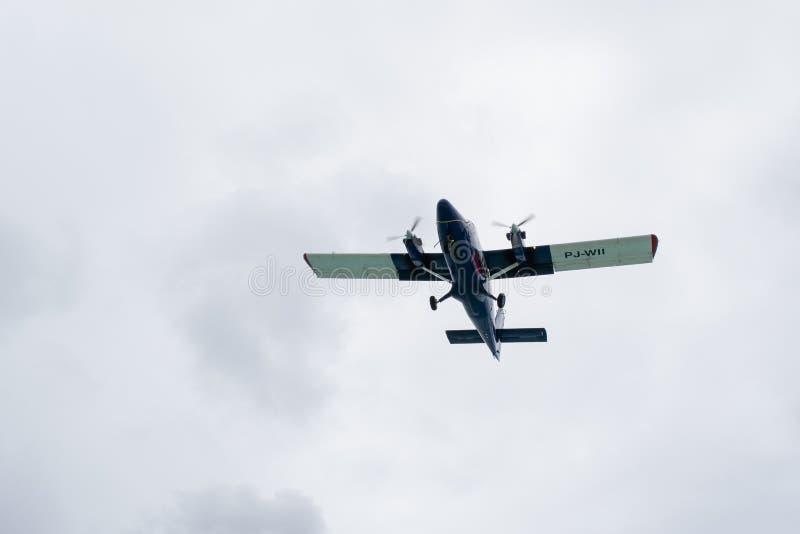 De Luchtroutes WinAir pj-WII dhc-6-300 van Winwardluchtvaartlijnen de tweelingvliegtuigen van otterstol stock foto