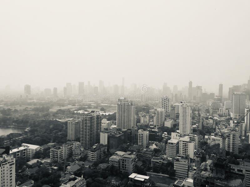 De luchtvervuiling van Bangkok stock afbeeldingen