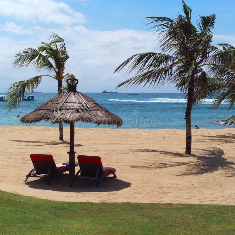 De luxerust van Bali, Indonesië op strand royalty-vrije stock foto's