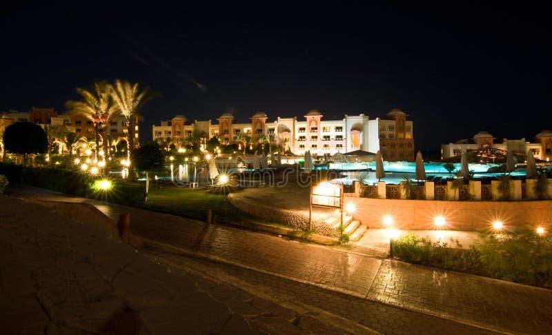 De luxueuze verlichting van de hotelnacht royalty-vrije stock foto