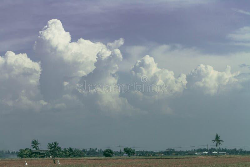 De maagdelijke wolken royalty-vrije stock afbeelding