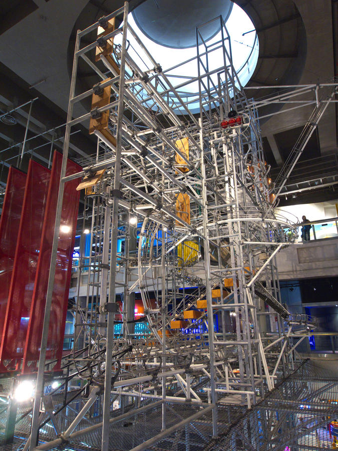 De Machine van de energie in het Museum van de Wetenschap van Hongkong royalty-vrije stock afbeeldingen