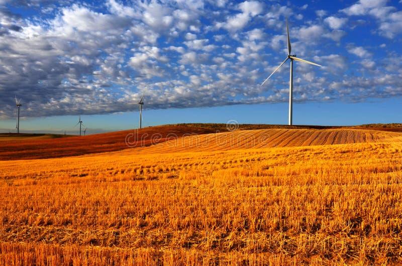De Macht van de windmolen royalty-vrije stock afbeelding