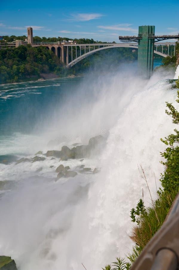 De macht van Niagara Falls stock foto