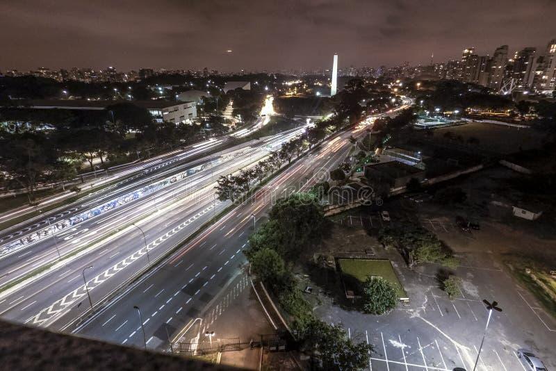 23 de Maio Aveny på natten royaltyfria foton