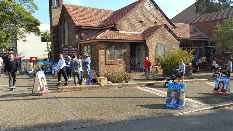 18 de maio de 2019 estação de votação federal australiana da eleição no subúrbio de Sydney imagens de stock