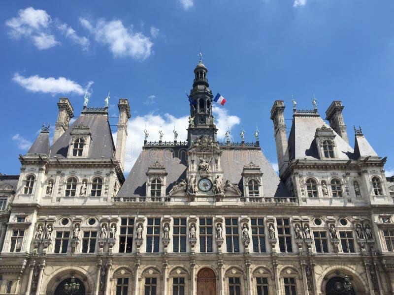 de mairie paris royaltyfria bilder