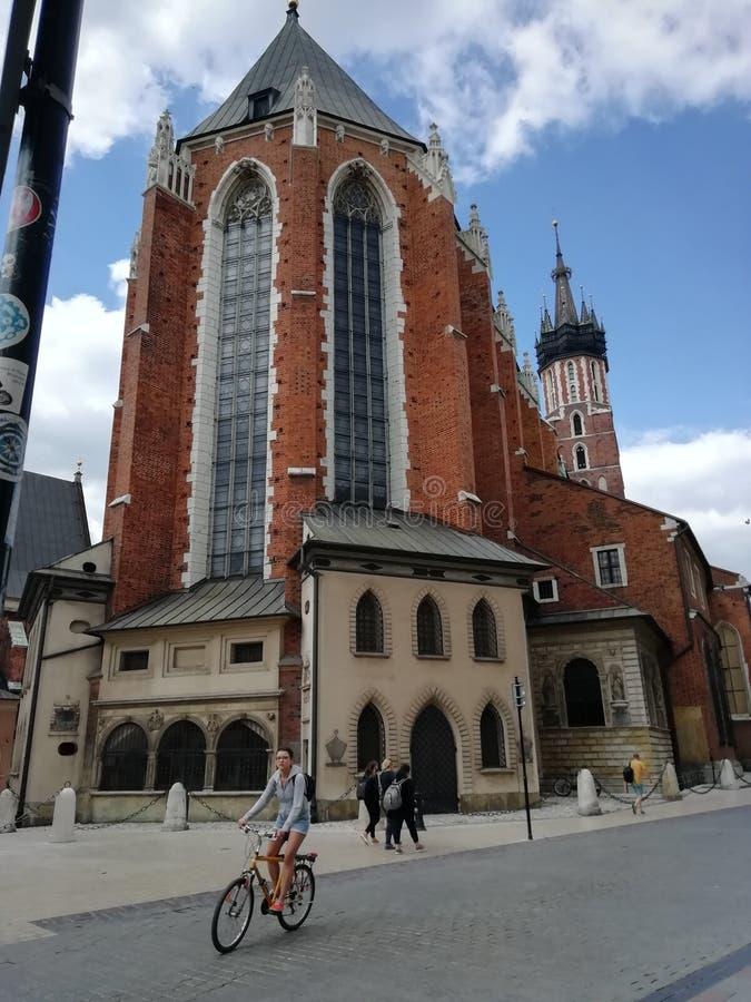 De majestueuze kerk van Krakau stock afbeeldingen