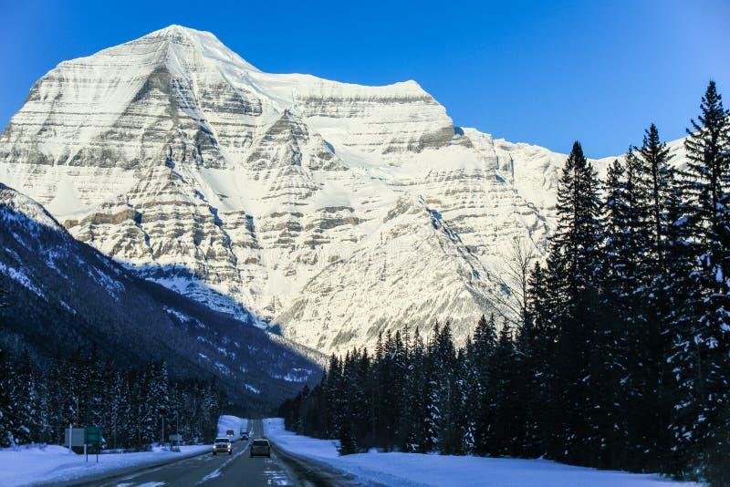 De majestuous Rotsachtige Bergen op een roadtrip tussen Jaspis en Alberta op Alberta Highway 93, Alberta, Canada royalty-vrije stock foto