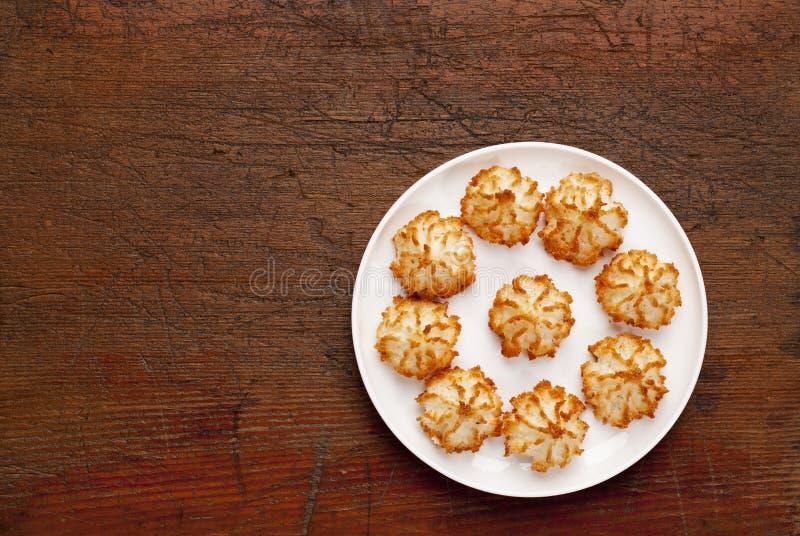 De makaronkoekjes van de kokosnoot stock afbeeldingen