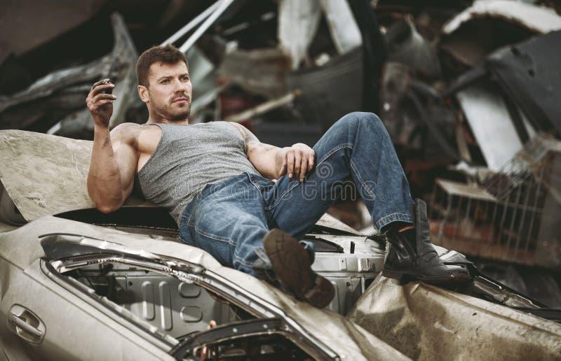 De man die een rust nemen stock fotografie