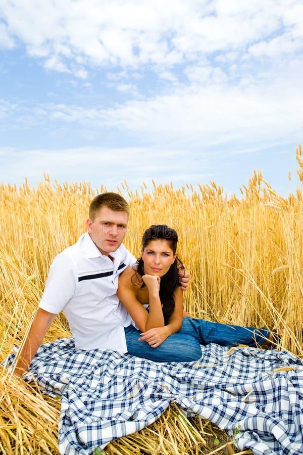 De man en de vrouw van de tarwe stock afbeelding