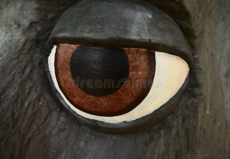 De mannelijke close-up van het gezichtsstandbeeld van het oog stock foto