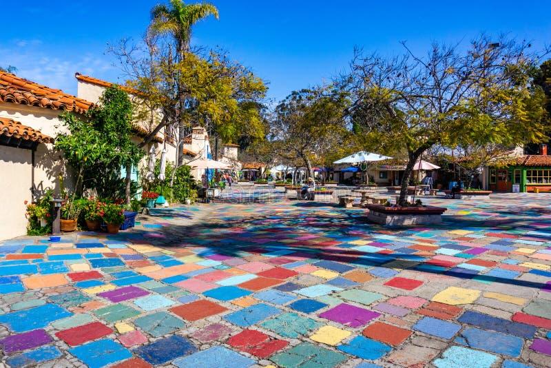 19 de março de 2019 San Diego/CA/EUA - paisagem na área espanhola de Art Center da vila no parque do balboa imagens de stock royalty free
