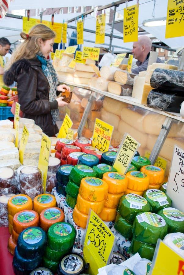 De markt van Amsterdam stock afbeeldingen