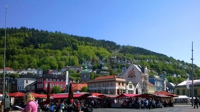 De markt van Bergen stock afbeeldingen