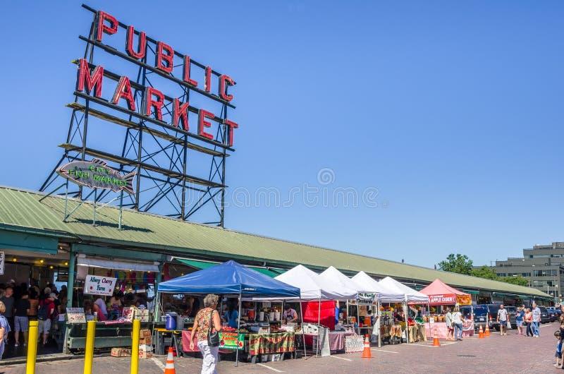 De Markt van de Plaats van snoeken in Seattle stock foto