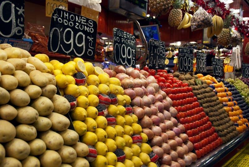 De markt van het fruit stock afbeeldingen