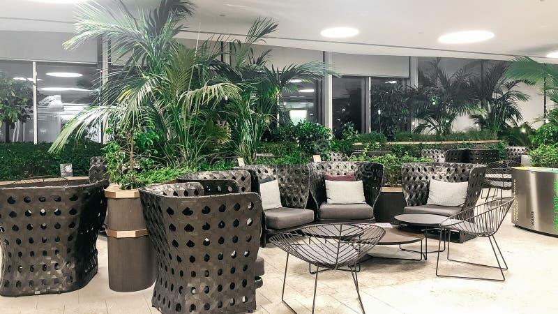 De Markt 2019 van Italië, VENETIË: Het binnenland van luchthavenmarco polo zonder mensen stock foto