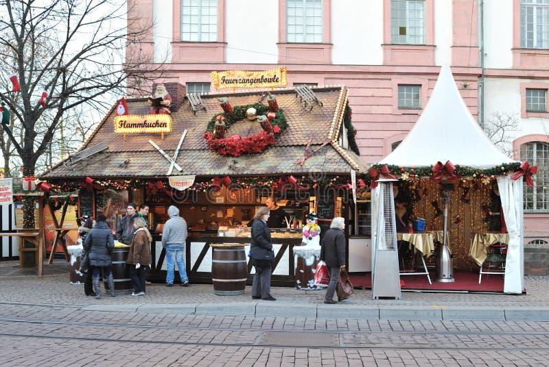 De markt van Kerstmis in dag royalty-vrije stock afbeeldingen