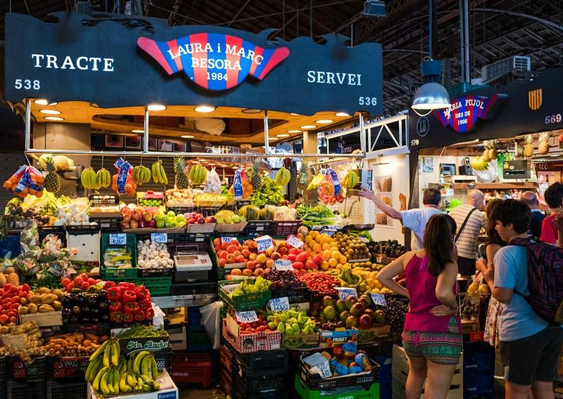 De Markt van La Boqueria in Barcelona, Spanje royalty-vrije stock afbeeldingen