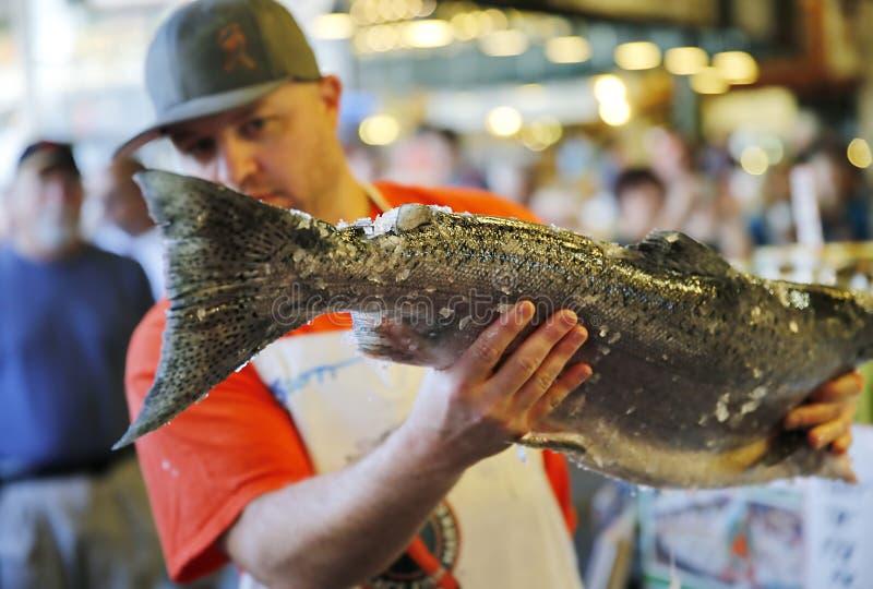 De Markt van snoekenvissen stock afbeeldingen