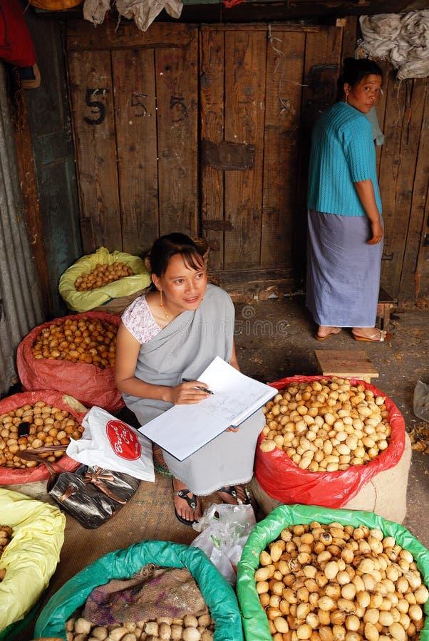 De Markt van vrouwen in India stock foto's