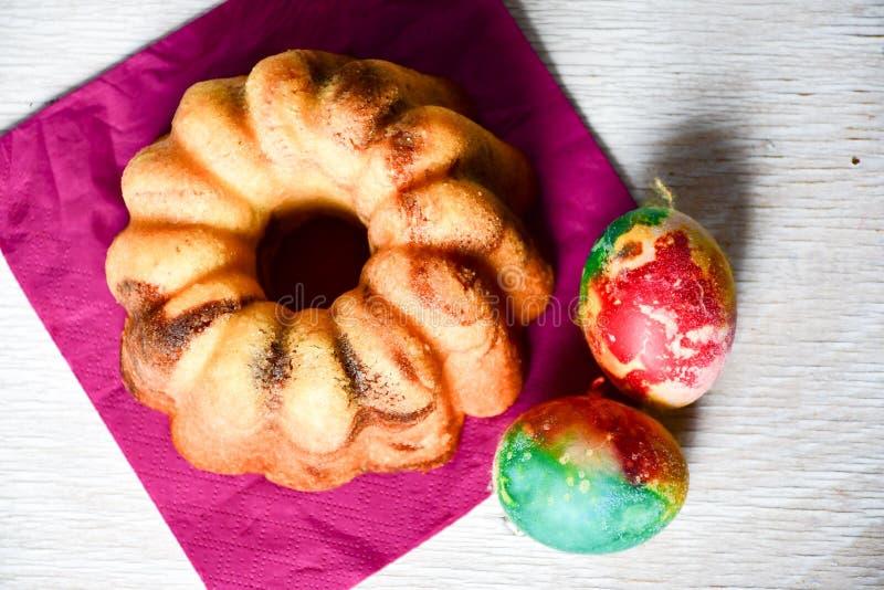 De marmeren cake van Bundtpasen royalty-vrije stock afbeeldingen
