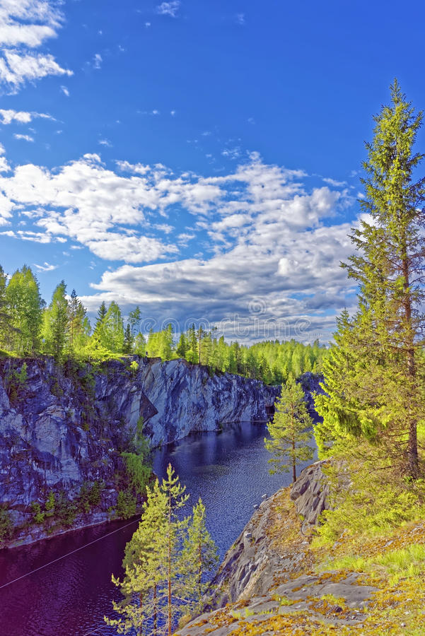 De marmeren steengroeve van Ruskeala stock fotografie