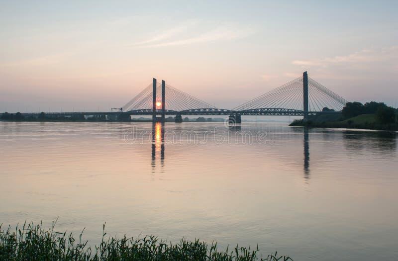 De Martinus Nijhoff-brug met Dr. W Hupkesspoorweg bridg royalty-vrije stock afbeelding