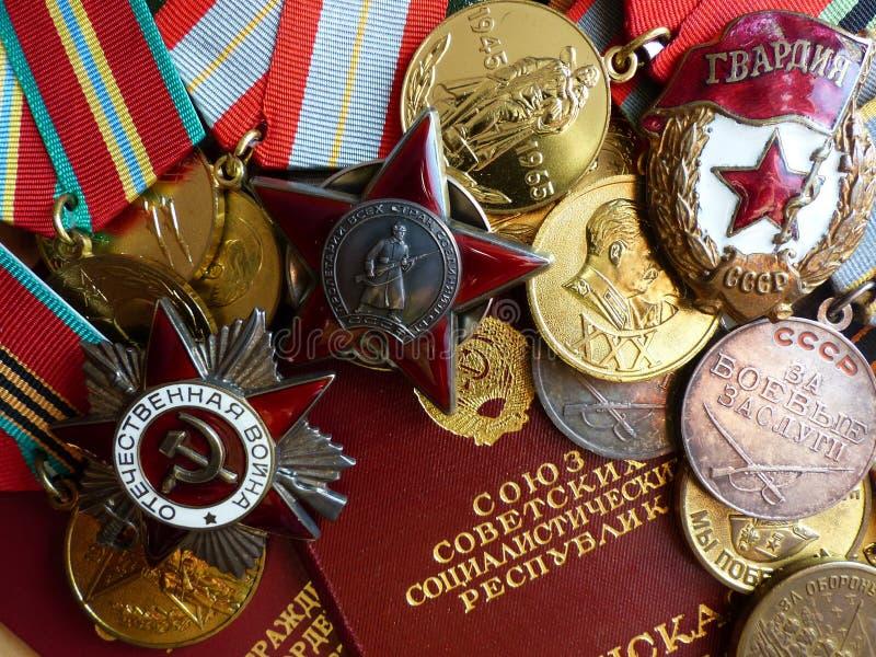 9 de mayo - día de la victoria La pedido del ` rojo de la estrella del `, ` el gran ` patriótico de la guerra, una muestra del `  imagenes de archivo
