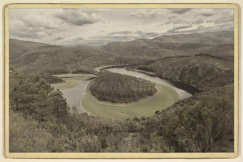 De Meander van de Alagonrivier genoemd Melero, in Las Hurdes royalty-vrije stock foto